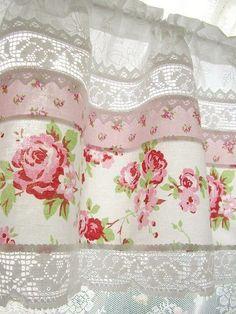 rosecottage.quenalbertini: Rose kitchen curtain