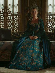 Safiye sultan's stunning dress