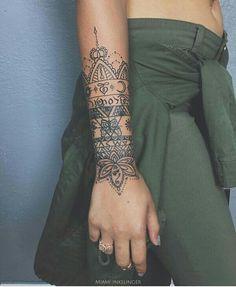 Delicate & Pretty Hand, Wrist & Forearm Tattoos for Women Henna Tattoo Designs, Henna Arm Tattoo, Cuff Tattoo, Tattoo Trend, Tattoo Bracelet, Tattoo Ideas, Hand Tattoos, Forearm Tattoos, Body Art Tattoos