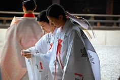 Japanese traditional wedding by JM Clark Photography (jamecl99), via Flickr