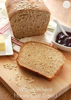 Whole Wheat Honey Oat Bread from @Jess Liu l A Kitchen Addiction