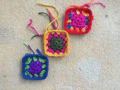 crochetbug, crochet squares, granny squares, crochet purse, crochet tote, crochet bag, scrap yarn crochet, scrap crochet