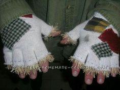 Scarecrow gloves