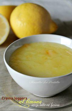Adoro questa CREMA LEGGERA AL LIMONE, SENZA LATTE, SENZA FARINA, perchè risulta leggera e fresca, col suo intenso sapore di limone. ideale per torte, crostate o per dolci al cucchiaio. Curiosi di sapere gli ingredienti? Leggete la ricetta di Rossella in padella QUI-> http://blog.giallozafferano.it/rossellainpadella/crema-al-limone-leggera-senza-latte/