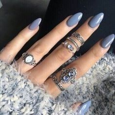 CLICK HERE http://www.youtube.com/channel/UCqEqHuax3qm6eGA6K06_MmQ?sub_confirmation=1 Monday Blue Vibes we are so in love with these nails#AXParis #nails by axparis