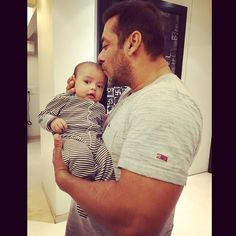Salman Khan and Ahil's cute pic shared by Arpita Khan Sharma. http://www.bollywoodnentertainment.com/2016/06/salman-khan-and-ahils-cute-pic-shared.html