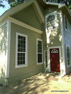 Green Exterior Paints, Green Siding, Best Exterior Paint, Exterior Paint Colors, Exterior Design, Trending Paint Colors, Popular Paint Colors, Front Door Paint Colors, Painted Front Doors