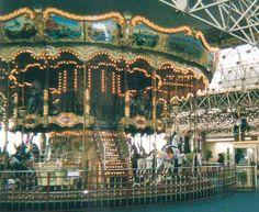 i love carousels