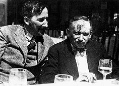 Stefan Zweig (left) and Josef Roth (right) in Ostend, 1936 Sigmund Freud, Rainer Maria Rilke, Portrait Pictures, Portraits, Martin Luther, Grimm, Carl Jung, Patrick Modiano, Stefan Zweig