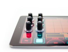 Working like a stylus, the Tuna Tablet DJ Knobs can be considered as physical controls knobs for your touchscreen.