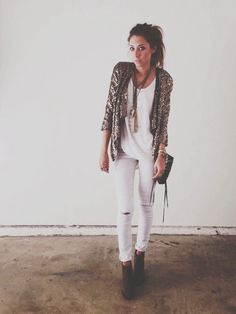 White jeans and t-shirt, sequins jacket, ankle boots