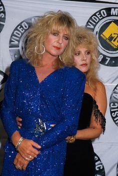 Christine McVie & Stevie Nicks of Fleetwood Mac Lindsey Buckingham, Buckingham Nicks, Stevie Nicks Now, Stevie Nicks Fleetwood Mac, Prom Poses, Women Of Rock, Future Fashion, Celebs, Celebrities