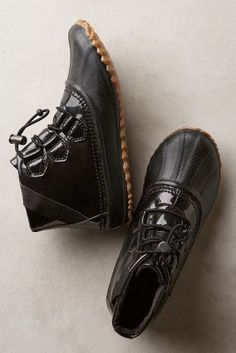 Sorel Out 'N About Glow Booties Black Boots #anthrofave
