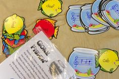 King's Music Room: Workstations-Learning the Treble Clef Lines and Spaces. Treble Clef Twister--made with a shower curtain! Music Activities, Music Games, Piano Games, Kids Music, Preschool Music, 6 Music, Piano Lessons, Music Lessons, Singing Lessons
