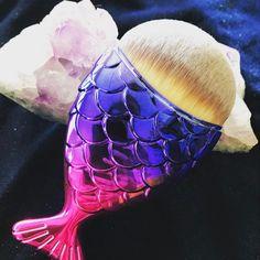Pincéis Sereia são a febre do momento - http://www.pausaparafeminices.com/maquiagem/pinceis-sereia-sao-febre-momento/