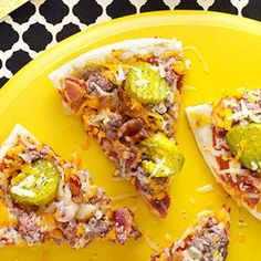 Need pizza recipes? Get pizza recipes for your next evening meal from Taste of Home. Taste of Home has pizza recipes including pizza sauce recipes, chicken pizza recipes, and more recipes for pizza. Cheese Burger, Empanadas, Burritos, Pizza Recipes, Cooking Recipes, Cheese Recipes, Easy Recipes, Dinner Recipes, Bacon Cheeseburger Pizza