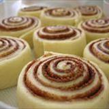 Recept: Cinnabon-kaneelrollen - Amerika Only Gluten Free Sweets, Gluten Free Baking, Dairy Free Recipes, Cinnabon, French Dessert Recipes, French Recipes, Gluten Free Cinnamon Rolls, Bisquick Recipes, Dessert Party