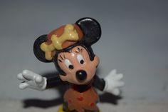 Vintage Künstlerpuppen - Vintage Minnie Mouse  Figur im Steinzeitlook - ein Designerstück von VitaMonella bei DaWanda