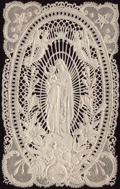 The whole blog is devoted to vintage holy cards of the Holy Mother of Jesus Christ