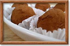 BRIAR ROSE Chocolate-Goat Cheese Truffles, made in Dundee, Oregon (C / O / USA)