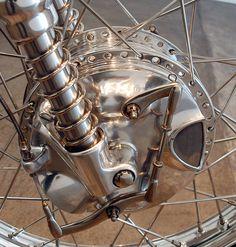 web-Ian-The-White-1967-Velo-Venum-Thruxton-frnt-brake-A.jpg (764×800)