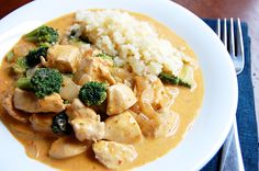 This rich and creamy Panang curry is served with chicken, broccoli and red peppers for a well-rounded and very flavorful meal. Panang is a mildly spicy Thai curry, similar to[. Paleo Chicken Recipes, Curry Recipes, Raw Food Recipes, Cooking Recipes, Healthy Recipes, Healthy Options, Healthy Meals, Panang Curry Recipe, Paleo Cauliflower Rice