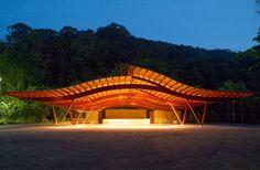 """[VENCEDOR] O Melhor da Arquitetura 2013 - categoria """"Espaços de Lazer"""": Pavilhão…"""