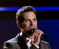 Chris Mann should have won the voice this year! he is amazing
