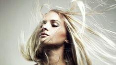Cómo aclarar el pelo naturalmente - Cómo aclarar el pelo teñido negro oscuro - Cómo aclarar el pelo de forma natural - El agua oxigenada aclara el pelo
