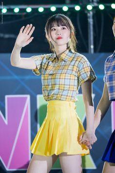 Ideal Body, Nice Body, Kpop Girl Groups, Kpop Girls, Pop Fashion, Womens Fashion, Fandom, Stage Outfits, K Idols