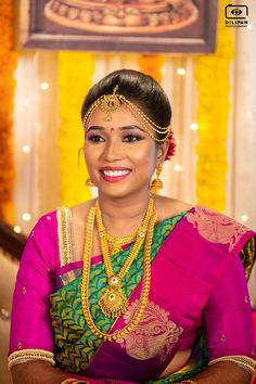 South Indian Bridal Photography Ideas - Best Poses of South Indian Bride Indian Wedding Photography, Photography Couples, Photography Ideas, Hindu Bride, South Indian Weddings, Good Poses, South Asian Bride, Bride Portrait, Bridal Beauty