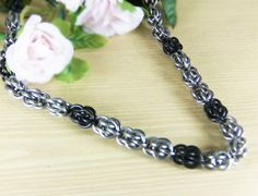 Chainmaille necklace- Sweetpea necklace- Stainless Steel necklace-  Hypoallergenic- Hypoallergenic Jewelry- Chainmaille Jewelry by RoseBriarDesigns on Etsy