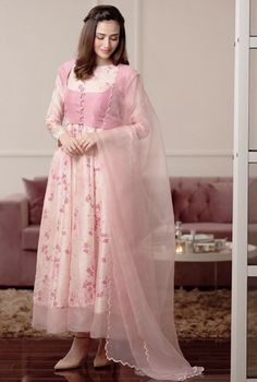 Fancy Dress Design, Stylish Dress Designs, Beautiful Dress Designs, Stylish Dresses For Girls, Frock Design, Simple Dresses, Beautiful Dresses, Casual Dresses, Simple Pakistani Dresses
