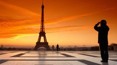 Stroll the Champs-Élysées, admire icons like the Eiffel Tower, sip coffee at a sidewalk cafe—on our Paris tours, you'll experience the French capital like a local. France 3, Visit France, Rio Sena Paris, Tour Montparnasse, Eiffel Tower Lights, Paris By Night, Paris Wallpaper, Hd Wallpaper, Sunset Wallpaper