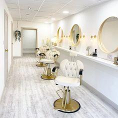 Beauty Room Salon, Beauty Room Decor, Spa Interior, Beauty Salon Interior, Design Salon, Salon Interior Design, Makeup Studio Decor, Home Salon, Decoration