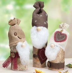 Vorschule Basteln Weihnachten – Rebel Without Applause Christmas Gnome, Christmas Art, Christmas Decorations, Xmas, Christmas Ornaments, Cork Crafts, Diy And Crafts, Corona Floral, Scandinavian Gnomes