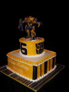 Drake's Birthday, 4th Birthday Cakes, 4th Birthday Parties, Birthday Ideas, Transformer Birthday, Transformer Cake, Bumblebee Transformers, Bumble Bee Cake, Transformers Birthday Parties
