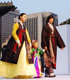 Hanbok Fashion Show in Seoul | Photo by Ryan