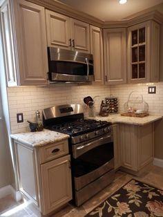kitchen idea- backsplash I like!