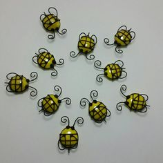 Stained Glass Bee Magnet