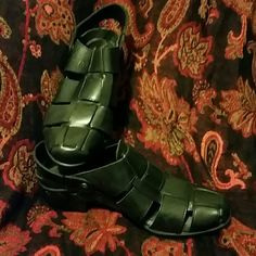 Ariat Sandals Great used condition. Slight damage on inside heel on rt shoe (see picture). Back strap can be on heel or flipped up to create a slip on. Leather upper. Ariat Shoes Mules & Clogs