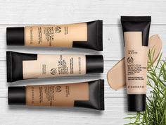 Combat skin imperfections with our NEW vegan Matte Clay Foundation. This lightweight foundation is enriched with skin-clearing tea tree and leaves a breathable, yet full-coverage matte finish. The Body Shop, Body Shop At Home, Korean Eye Makeup, Eye Makeup Tips, Body Shop Skincare, Vegan Makeup, Cruelty Free Makeup, Permanent Makeup, Makeup Products