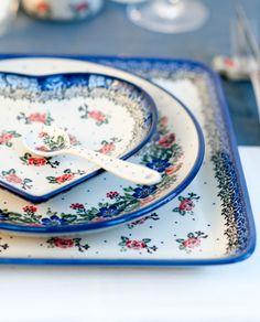 Romantic pattern by Ceramika Artystyczna, Polish pottery...these are so pretty...