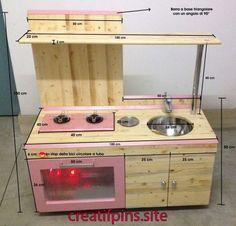 how to build toy kitchen - tutorial Play Kitchen Diy, Mud Kitchen, Wooden Kitchen, Wood Pallet Furniture, Kids Furniture, Diy Karton, Kitchen Models, Kids Wood, Wood Toys