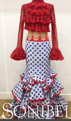 Spanish Dress, Spanish Style, Flamenco Costume, Valentines Day Weddings, Spanish Fashion, Frou Frou, New Wardrobe, Simply Beautiful, African Fashion