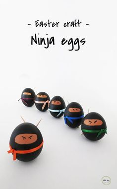Make ninja eggs as a fun Easter decor. Except with Rocks for Kamicon Funny Easter Eggs, Hoppy Easter, Easter Crafts For Kids, Easter Decor, Easter Ideas, Easter Centerpiece, Easter Table, Easter Party, Easter Subday