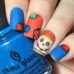 Scarecrow matte nails for Thanksgiving and fall #nailart #thanksgiving