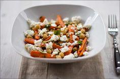 Rezept für Kichererbsen-Salat mit Babymöhren und Feta von moeyskitchen.com