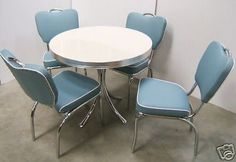 Retro 50s american diner furniture #kitchen #table #chairs,  View more on the LINK: http://www.zeppy.io/product/gb/2/380028396711/
