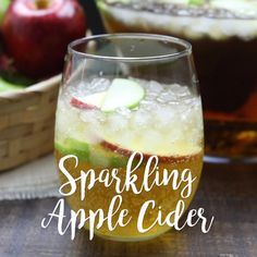 Homemade Sparkling Apple Cider tastes like Martinelli's, and serves a crowd. I… Homemade Sparkling Apple Cider tastes like Martinelli's, and serves a crowd. It's easy to make and cheap! A great non-alcoholic drink for the holidays. Drink Recipes Nonalcoholic, Non Alcoholic Cocktails, Drinks Alcohol Recipes, Punch Recipes, Thanksgiving Drinks Non Alcoholic, Fall Drinks Alcohol, Coctails Recipes, Christmas Drinks, Holiday Drinks
